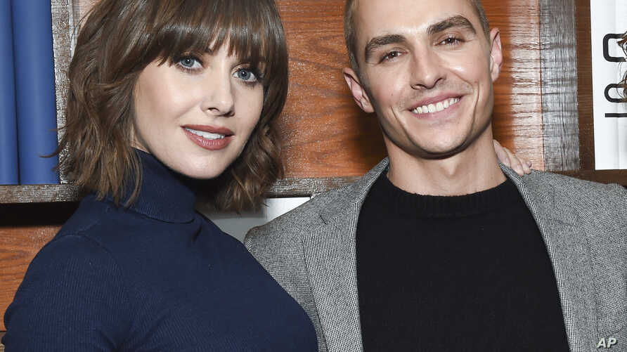 Actress Alison Brie, left, and then- fiancé actor Dave Fra