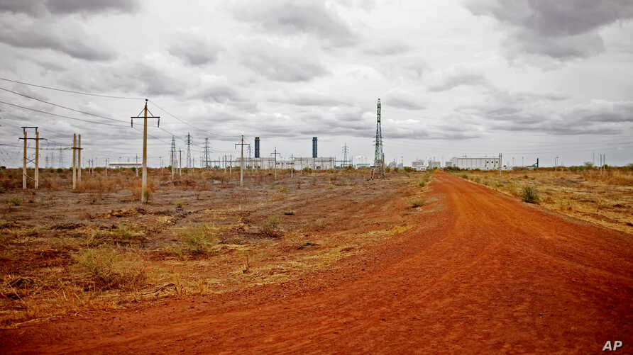 FILE - Inactive and abandoned oil installations seen near frontline positions north of Bentiu, Unity State, South Sudan.