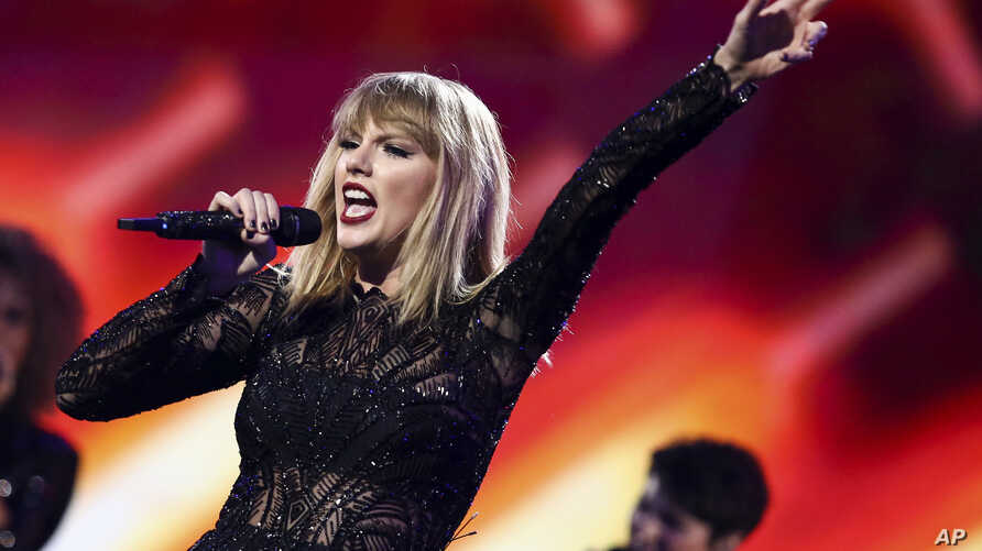 Taylor Swift performs at DIRECTV NOW Super Saturday Night Concert at Club Nomadic on Feb. 4, 2017 in Houston, Texas.