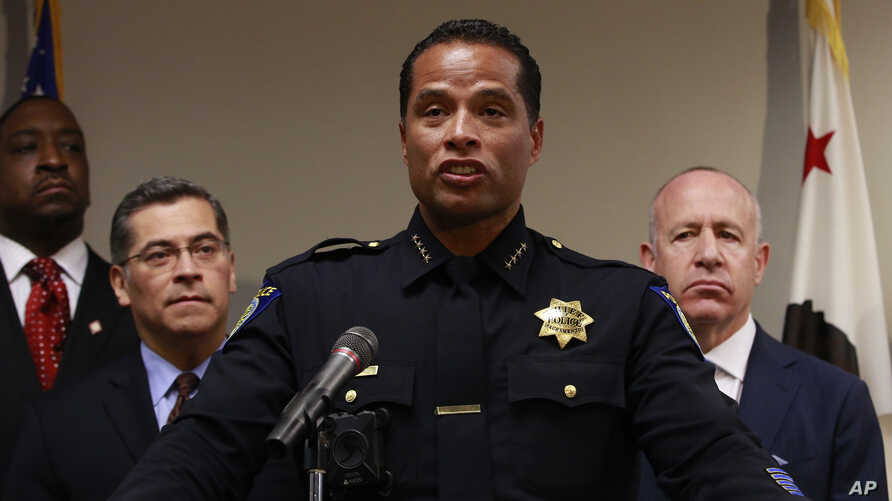 Sacramento Police Chief Daniel Hahn (C) flanked by California Attorney General Xavier Becerra (2nd-L), and Sacramento Mayor Darrell Steinberg (R) announced that he has asked Becerra's office to be part of an independent investigation of the shooting