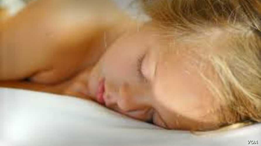 A new study suggests putting preschoolers to bed before 8 p.m. can reduce the risk of obesity later on.