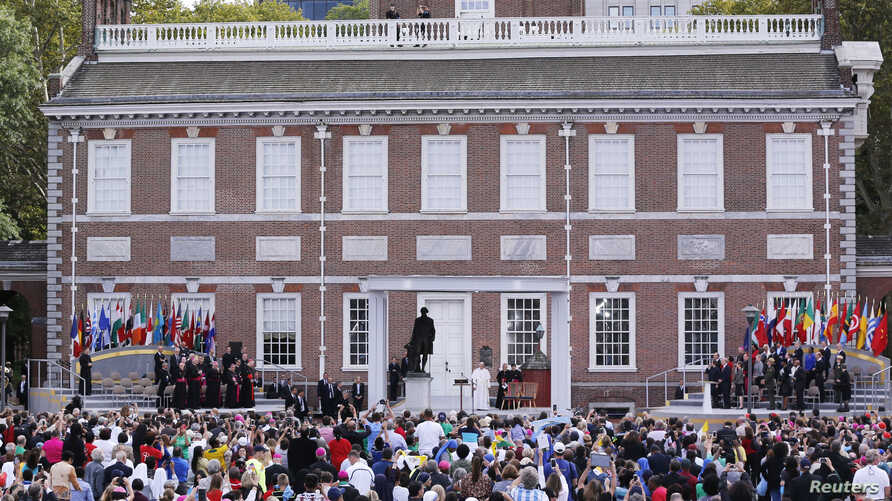 Independence Hall was the backdrop for Pope Francis as he spoke in Philadelphia, Sept. 26, 2015.