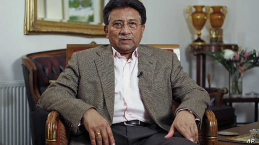 Former Pakistani President Pervez Musharraf does an interview with Reuters in London, January 16, 2011 (file photo)