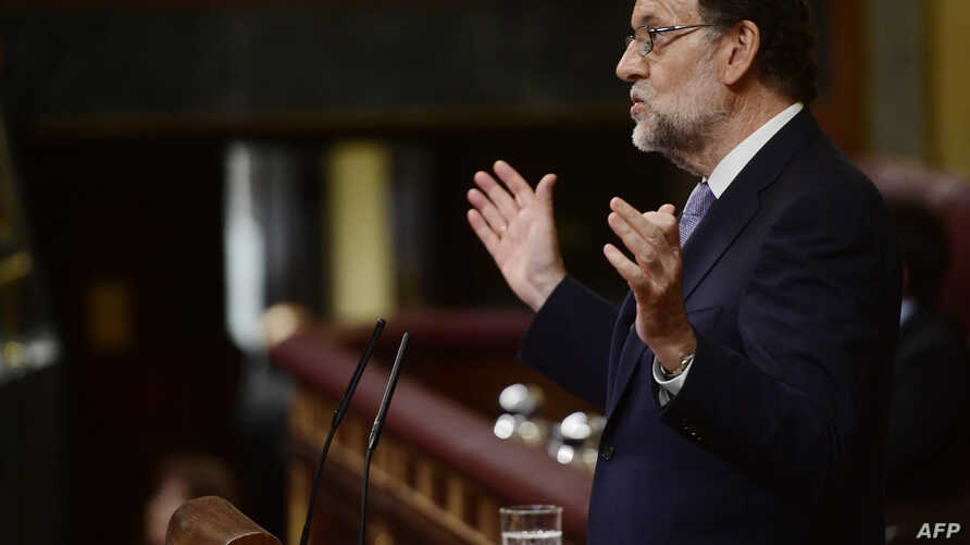 Spain's interim Prime Minister, Mariano Rajoy speaks at the Spanish Congress (Las Cortes)  in Madrid, Aug. 31, 2016,