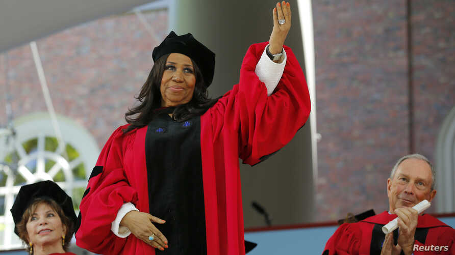 Musician Aretha Franklin acknowledges the applause as she receives a honorary Doctor of Arts degree during the 363rd Commencement Exercises at Harvard University in Cambridge, Massachusetts May 29, 2014.