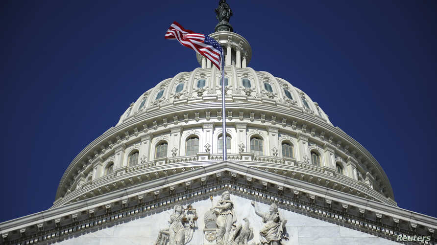 The U.S. Capitol dome in Washington, August 2, 2011. The United States is poised to step back from the brink of economic disaster on Tuesday when a bitterly fought deal to cut the budget deficit is expected to clear its final hurdles in the U.S. Sena