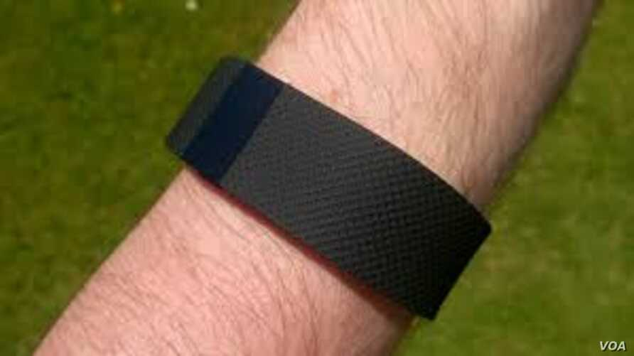 A new study suggests fitness trackers don't promote weight loss.