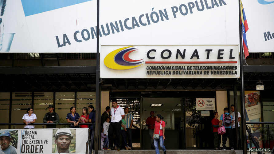 Venezuela's National Telecommunications Commission (CONATEL), which regulates electronic media, has blocked access in the country to Colombia's Colombian television station Caracol.