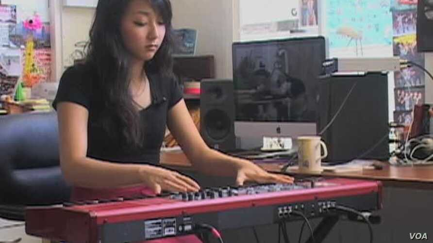 YouTube Spawns Asian-American Celebrities