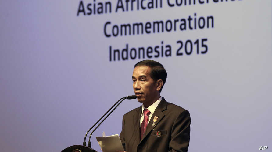 Indonesian President Joko Widodo delivers his closing statement at the Asian African Summit in Jakarta, Indonesia, April 23, 2015.
