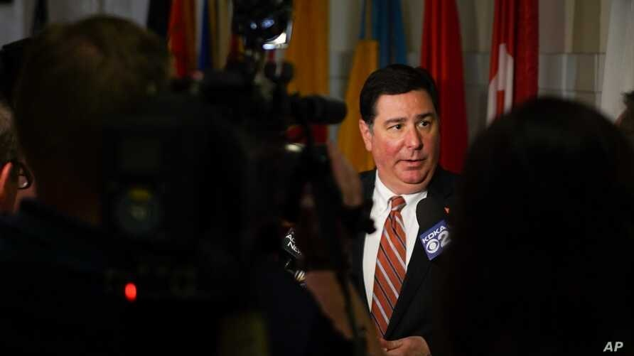 William Peduto, mayor of Pittsburgh, speaks to reporters in Pittsburgh, Pa., June 2, 2017. Peduto says he's determined to uphold the Paris Agreement — spurned by President Donald Trump —in Pittsburgh to bolster its new, creative, high-tech economy.