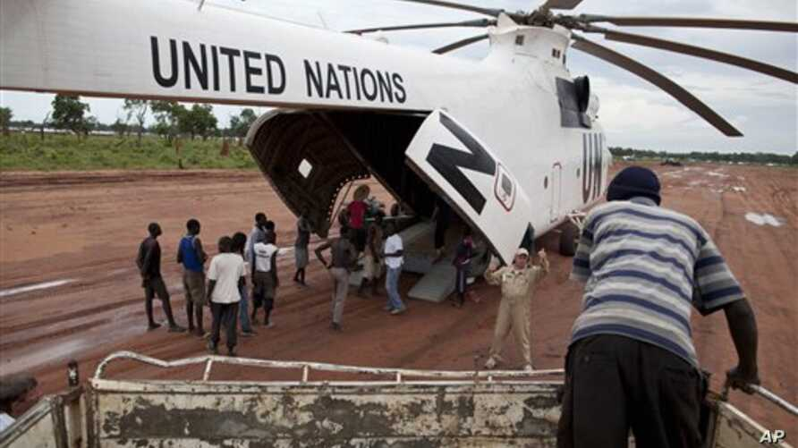 Food aid being delivered to Yida camp, South Sudan (2012 photo)