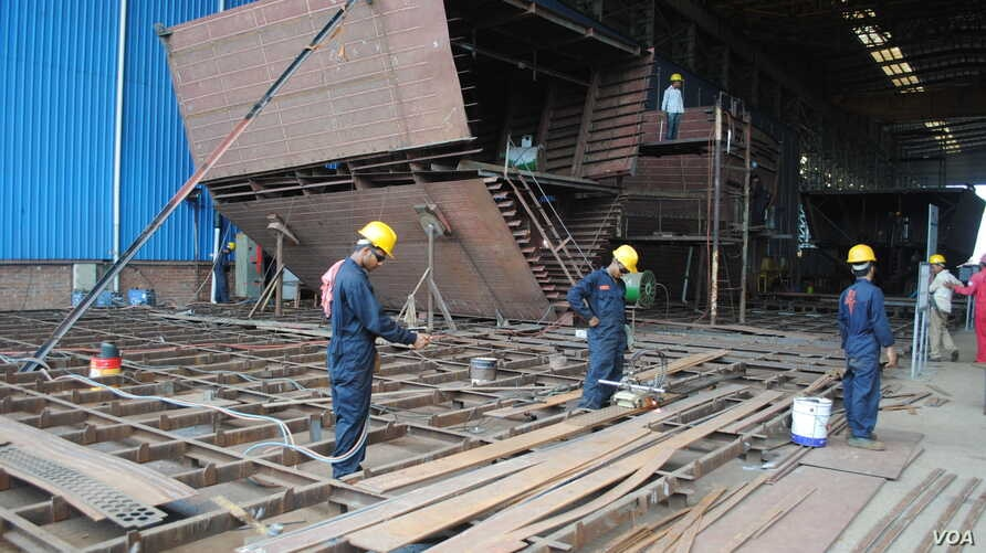 Western Marine is Bangladesh's best-known shipbuilder and makes everything from cargo and passenger ships to ferries and fishing trawlers. (A. Yee/VOA)