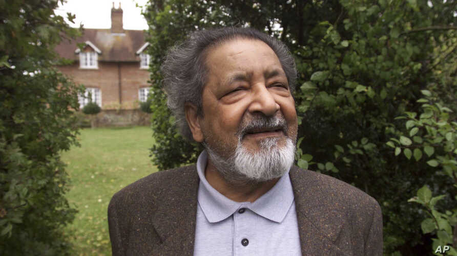 FILE - British author V.S. Naipaul in Salisbury, England, in 2001. The Trinidad-born Nobel laureate whose celebrated writing and brittle, provocative personality drew admiration and revulsion in equal measures, died Saturday at his London home, his f