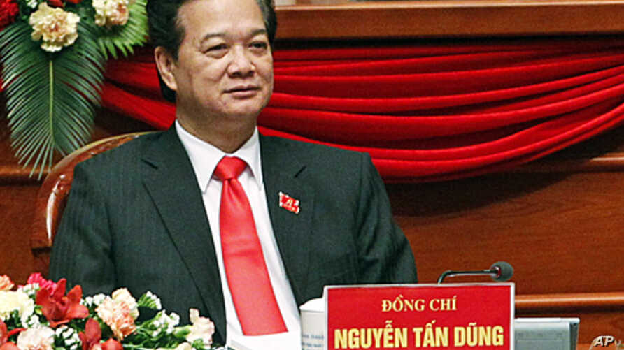 Vietnam's Prime Minister Nguyen Tan Dung attends the closing ceremony of the 11th National Congress of the Party in Hanoi, 19 Jan 2011