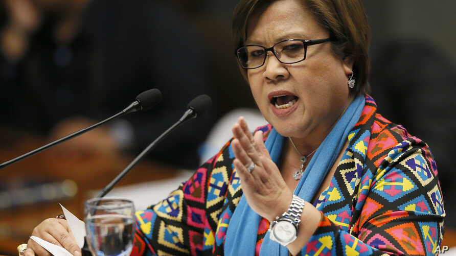 Opposition Senator Leila De Lima delivers a speech during the Philippine Senate session a day after being ousted from the chairmanship of the Senate Committee on Justice and Human Rights Tuesday, Sept. 20, 2016.