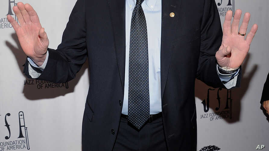 "Democratic presidential candidate Sen. Bernie Sanders walks the red carpet at the Jazz Foundation of America's 17th annual ""A Great Night in Harlem"" gala concert, at the Apollo Theater in New York, April 4, 2019."