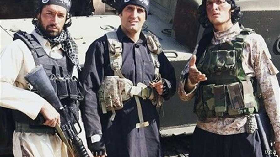 """The crew of """"Paytakht-5"""" comedy show is seen in Islamic State uniforms."""