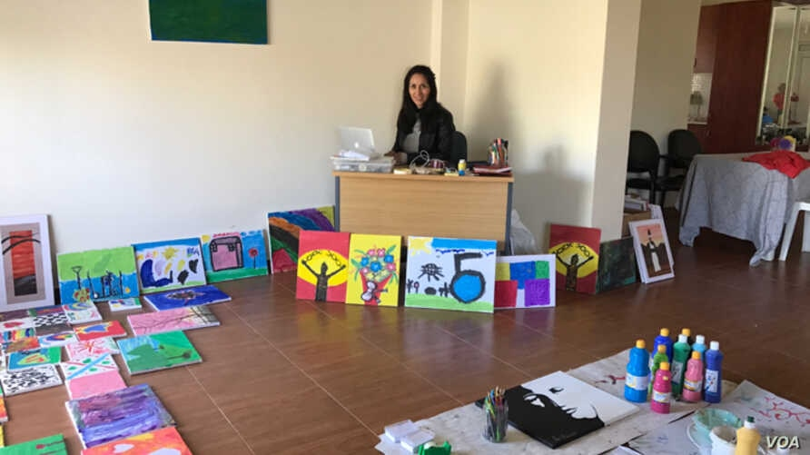 Kayra Martinez, founder of Love Without Borders — For Refu