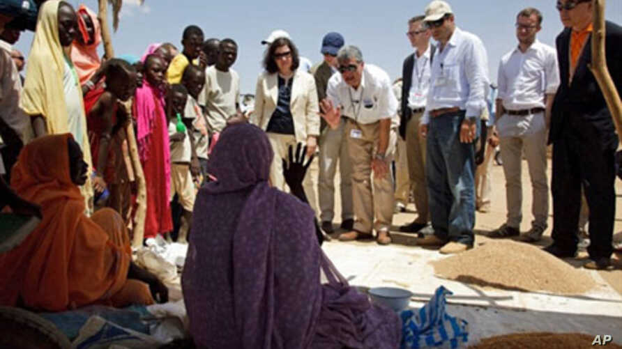UN delegation members meet with women in the Abu Shouk Internally Displaced Person's camps (IDP) on the outskirts of El Fasher, the administrative capital of North Darfur, 08 Oct 2010