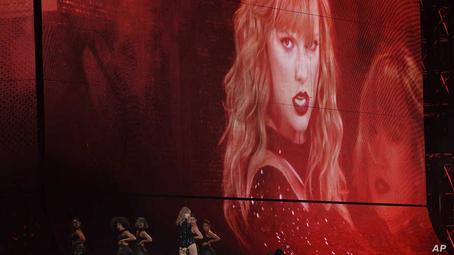 Singer Taylor Swift performs during her Reputation tour at MetLife Stadium, July 20, 2018, in East Rutherford, N.J.