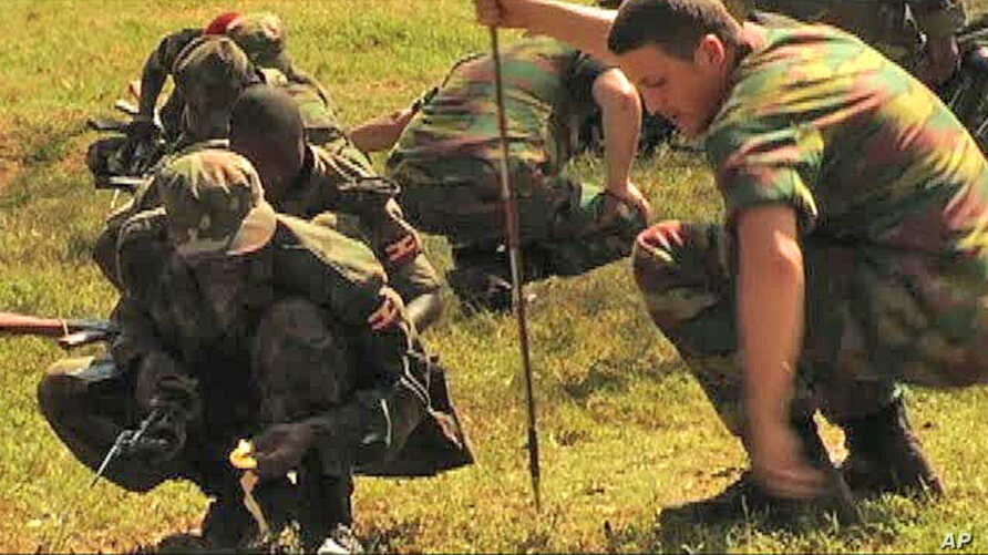 Ugandan peacekeepers being trained by French Foreign Legion instructors