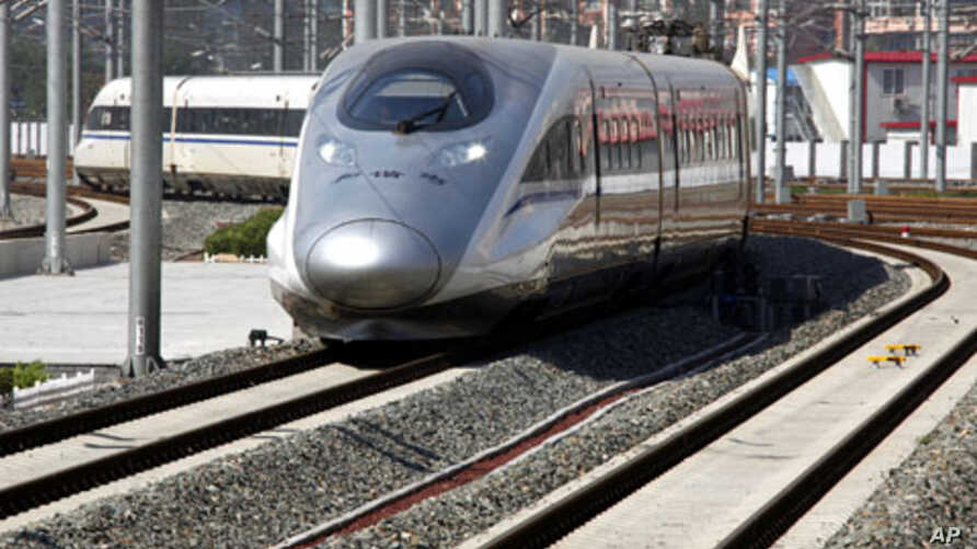 A new high-speed train arrives at the Beijing-South railway station. The landmark Beijing-Shanghai line, which costs 220.9 billion yuan and spans 1,318-km linking the capital and financial hub, June 27, 2011
