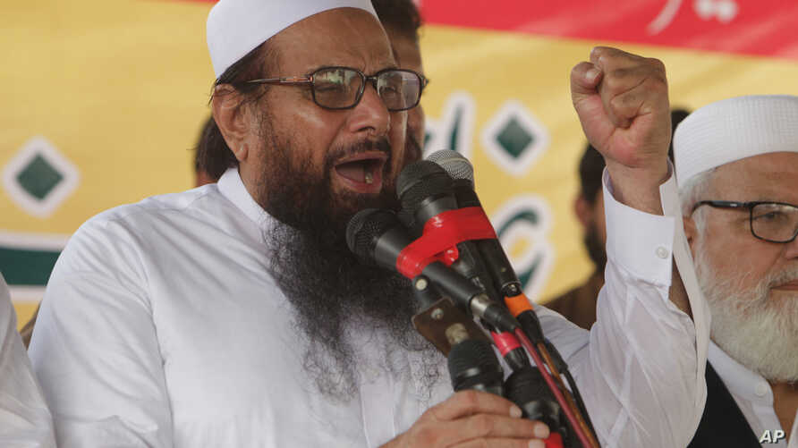 Hafiz Saeed, leader of Jamaat-ud-Dawa address an anti-Indian rally in Lahore, Pakistan, Sept. 30, 2016.