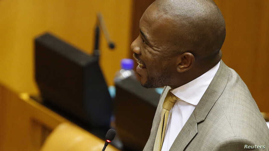 FILE - Mmusi Maimane, head of the South African opposition Democratic Alliance, says criticism of President Jacob Zuma and his ruling ANC party informs the public.