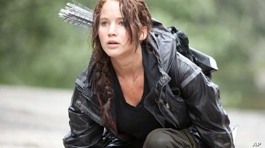 """Jennifer Lawrence in a scene from """"The Hunger Games"""""""