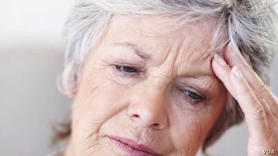 A new study claims exposure to green light can reduce the severity of migraines.