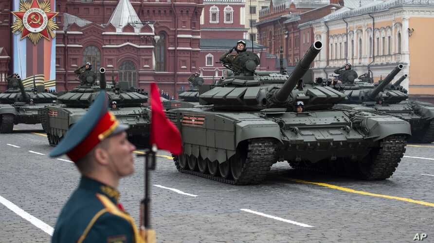 Russian T-72 B3 tanks drive during the Victory Day military parade to mark 74 years since of Wolrd War II, in Red Square in Moscow, Russia, May 9, 2019.