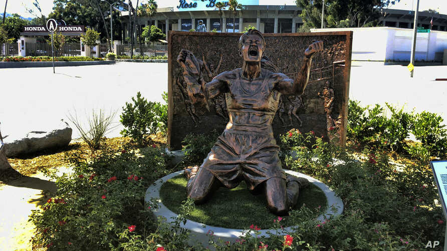 A statue capturing Brandi Chastain's iconic reaction to scoring the U.S. team's winning goal in the 1999 Women's World Cup, is shown after being unveiled outside the Rose Bowl in Pasadena, California, July 10, 2019.