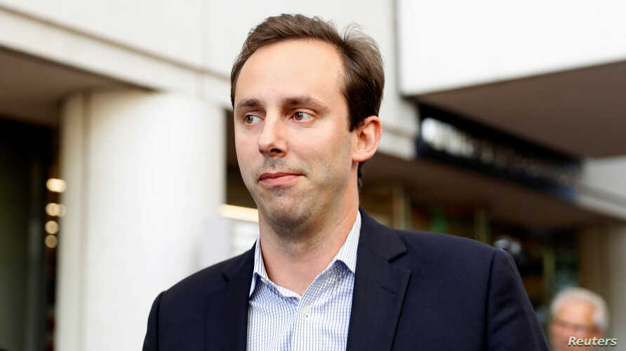 Former Google and Uber engineer Anthony Levandowski leaves the federal court after his arraignment hearing in San Jose, California, U.S. August 27, 2019.