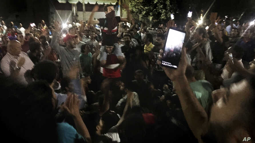 Protesters chant slogans against the regime in Cairo, Egypt, Sept. 21, 2019.