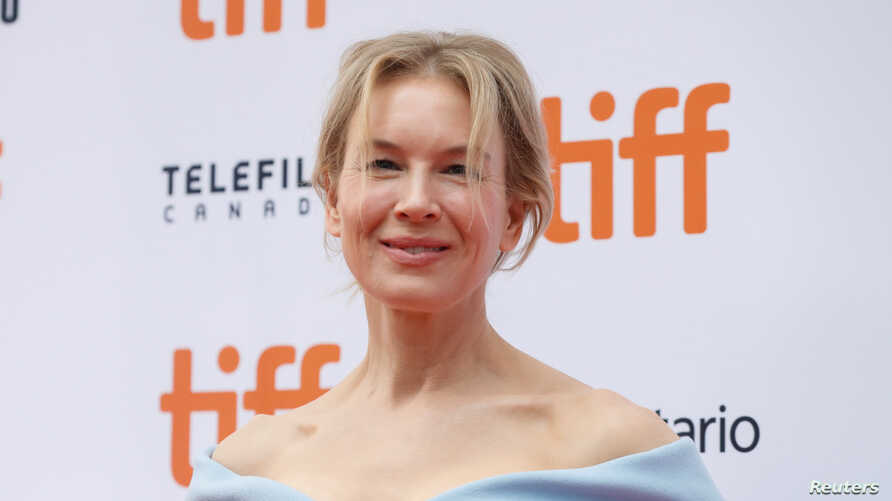 "Actor Renee Zellweger poses as she arrives at the Canadian premiere of ""Judy"" at the Toronto International Film Festival (TIFF) in Toronto, Ontario, Canada, Sept. 10, 2019."