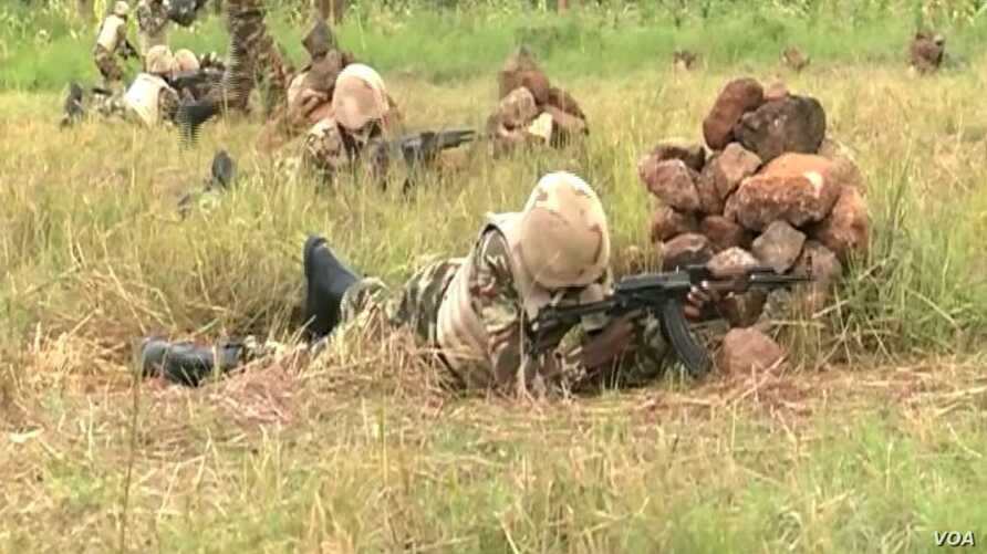 Members of the Cameroon military have been deployed to fight the spillover of the crisis in the Central African Republic, in Mbaimbum, Cameroon, Oct. 25, 2019. (Moki Edwin Kindzeka/VOA)