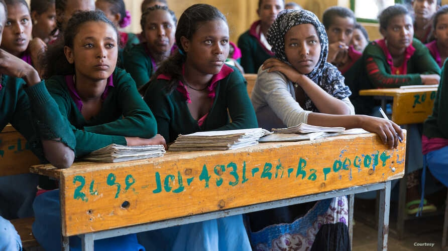 Girls attend school in Ethiopia. (Photo: Courtesy of Joni Kabana with Dignity Period)