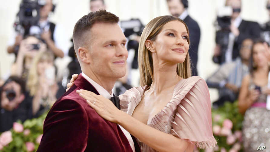 FILE - Tom Brady, left, and Gisele Bundchen attend The Metropolitan Museum of Art's Costume Institute benefit gala in New York City, May 6, 2019.