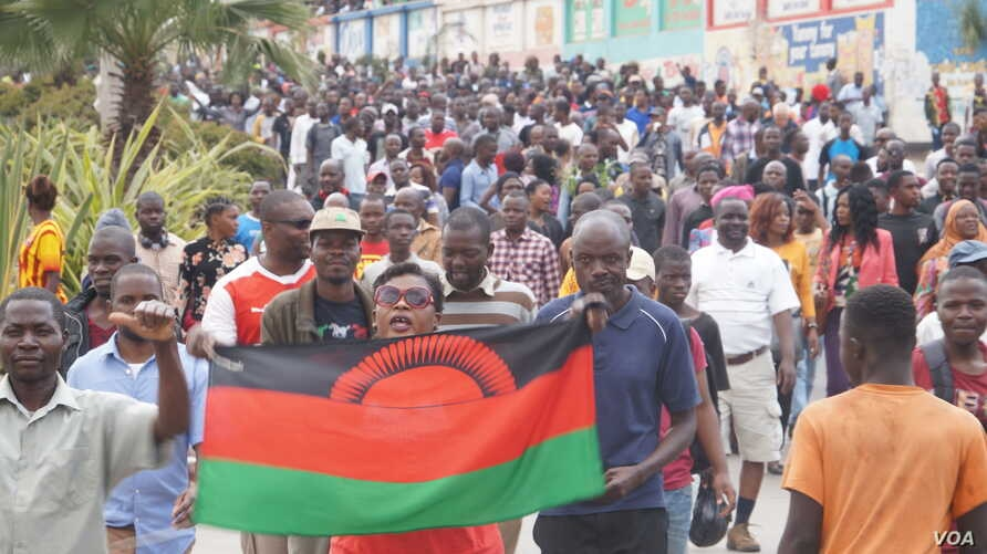 FILE - Malawi has endured a wave of protests, many of them violent, since President Peter Mutharika secured a disputed second term in elections last May. (Lameck Masina/VOA)