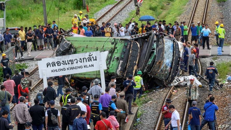 18 People Killed, 30 Injured After Bus Collides With Train in Thailand