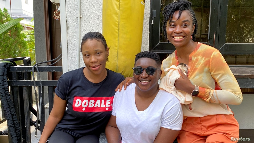 "Producer of the movie ""Ife"" Pamela Adie poses with the two casts, Uzoamaka Aniunoh and Cindy Amadi in Lagos, Nigeria."