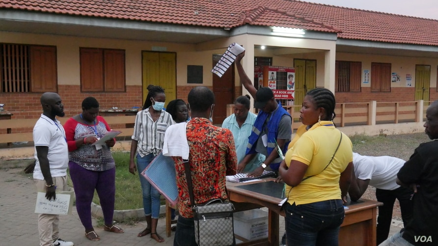 Ghana's election was seen as generally free and fair by observers, Dec 7, 2020. (Stacey Knott/VOA)
