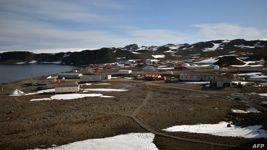 Handout picture released by Chile's Air Force press office showing the Eduardo Frei Antarctic base, at the Fildes Peninsula,…
