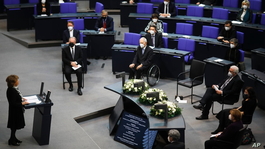 Holocaust survivor Charlotte Knobloch, left, delivers a speech at the German Federal Parliament at the Reichstag building in Berlin, Jan. 27, 2021, on the International Holocaust Remembrance Day.