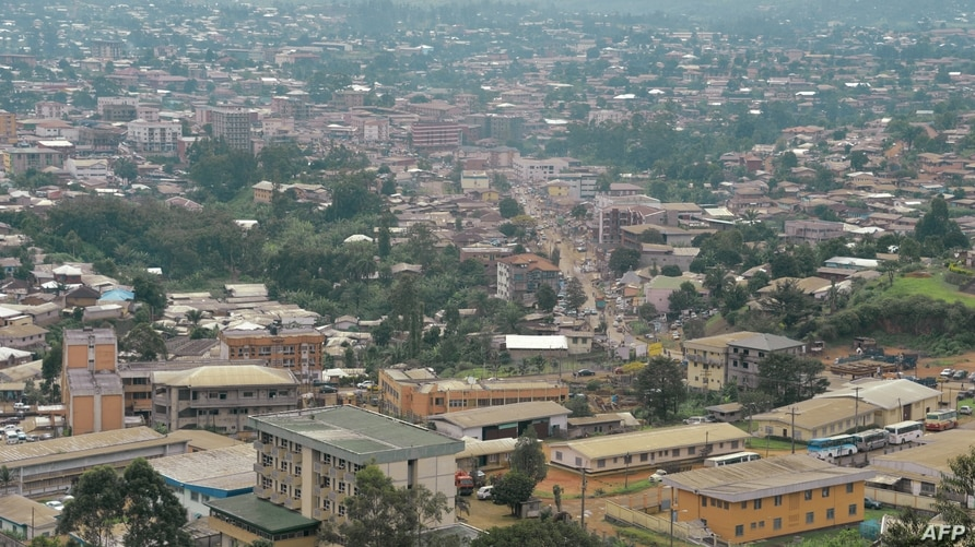 This photo taken on June 16, 2017 shows the city of Bamenda, the Anglophone capital of northwest Cameroon. - The trial in…