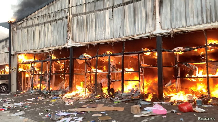 72 People Killed in Riots and Looting in South Africa