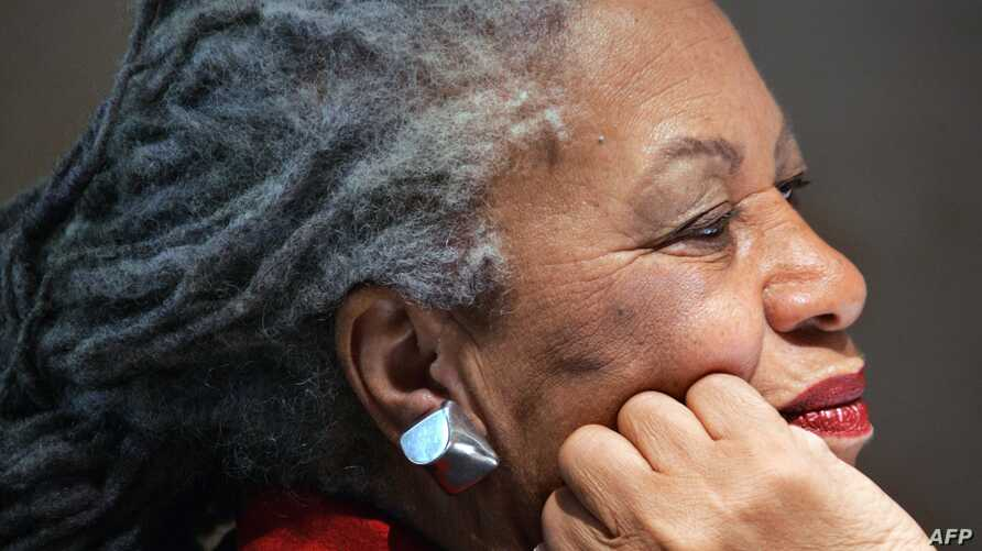 In this file photo taken on Nov. 8, 2006 US novellist Toni Morrison attends a press conference at the Louvre museum in Paris.