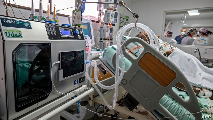 An emergency ventilator is tested on a person at the Intensive Care Unit (ICU) for non COVID patients of the San Vicente…