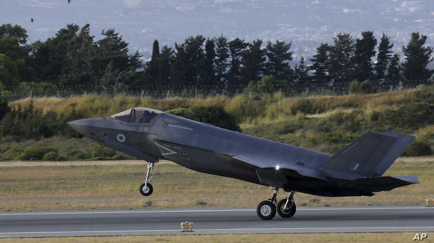 A F-35B aircraft lands at Akrotiri Royal air forces base near coastal city of Limassol, Cyprus, May 21, 2019.